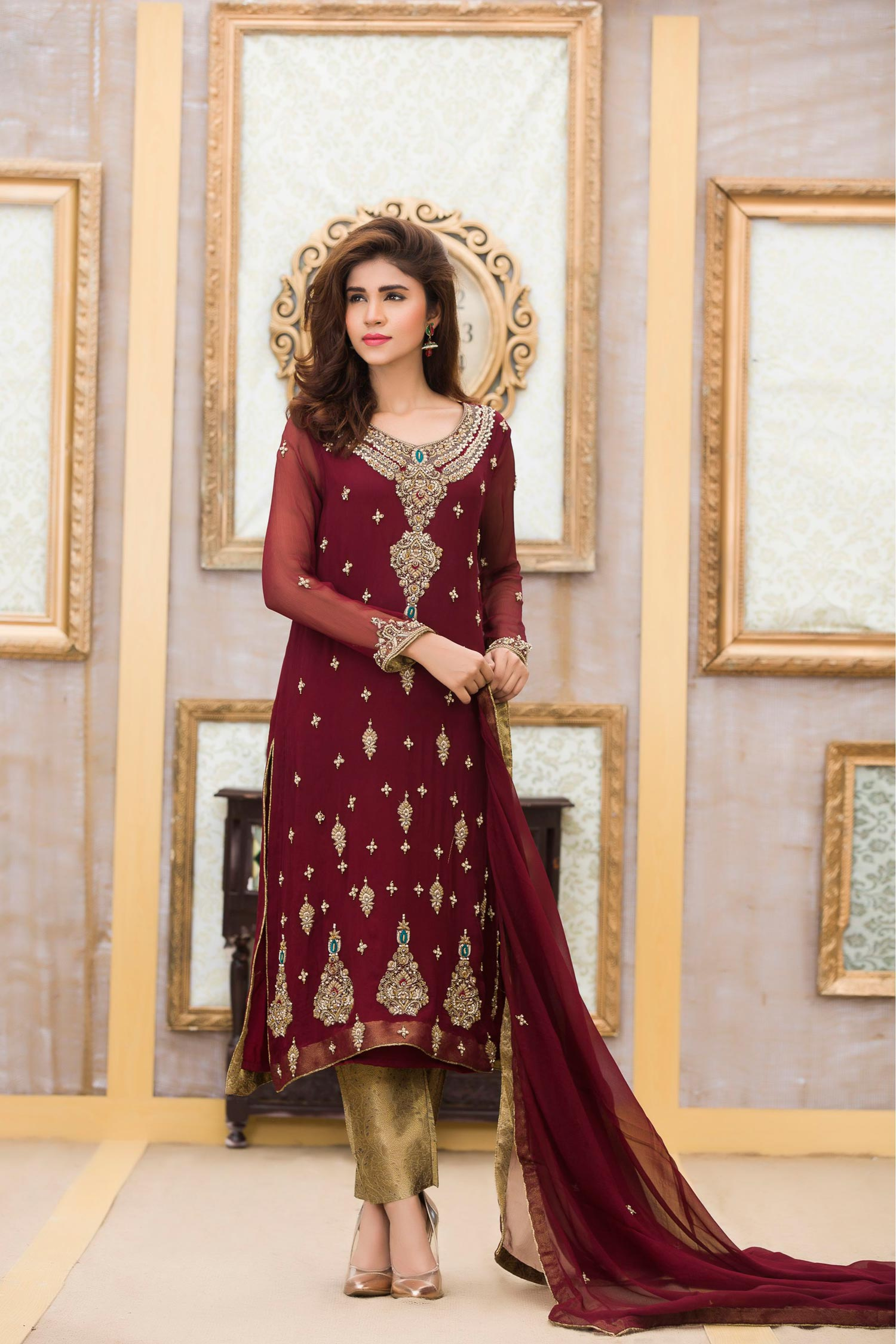EXCLUSIVE BRIDAL STYLISH MAROON COLOR DRESS