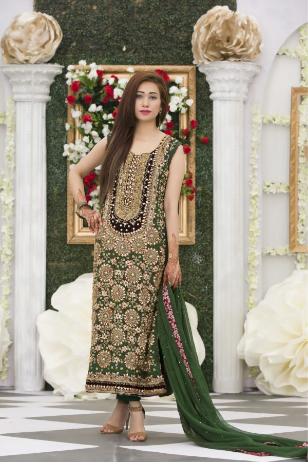 Buy Exclusive Bottle Green Mehndi Dress Online In USA, Uk & Pakistan - 03