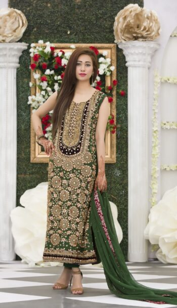 Buy Exclusive Bottle Green Mehndi Dress Online In USA, Uk & Pakistan - 03