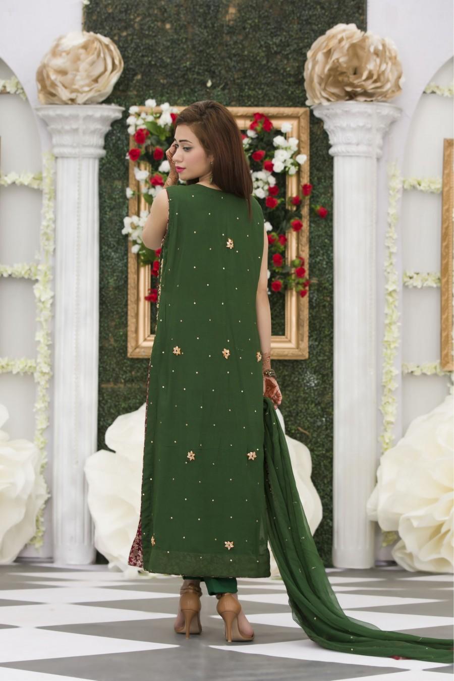 Mehndi Party Dress Code : Exclusive bottle green mehndi dress online boutique
