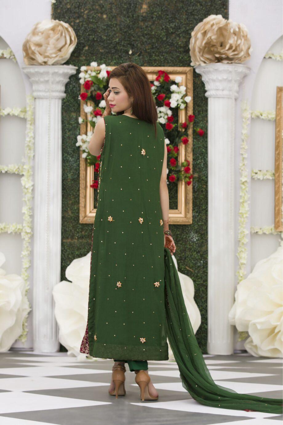 Buy Exclusive Bottle Green Mehndi Dress Online In USA, Uk & Pakistan - 01