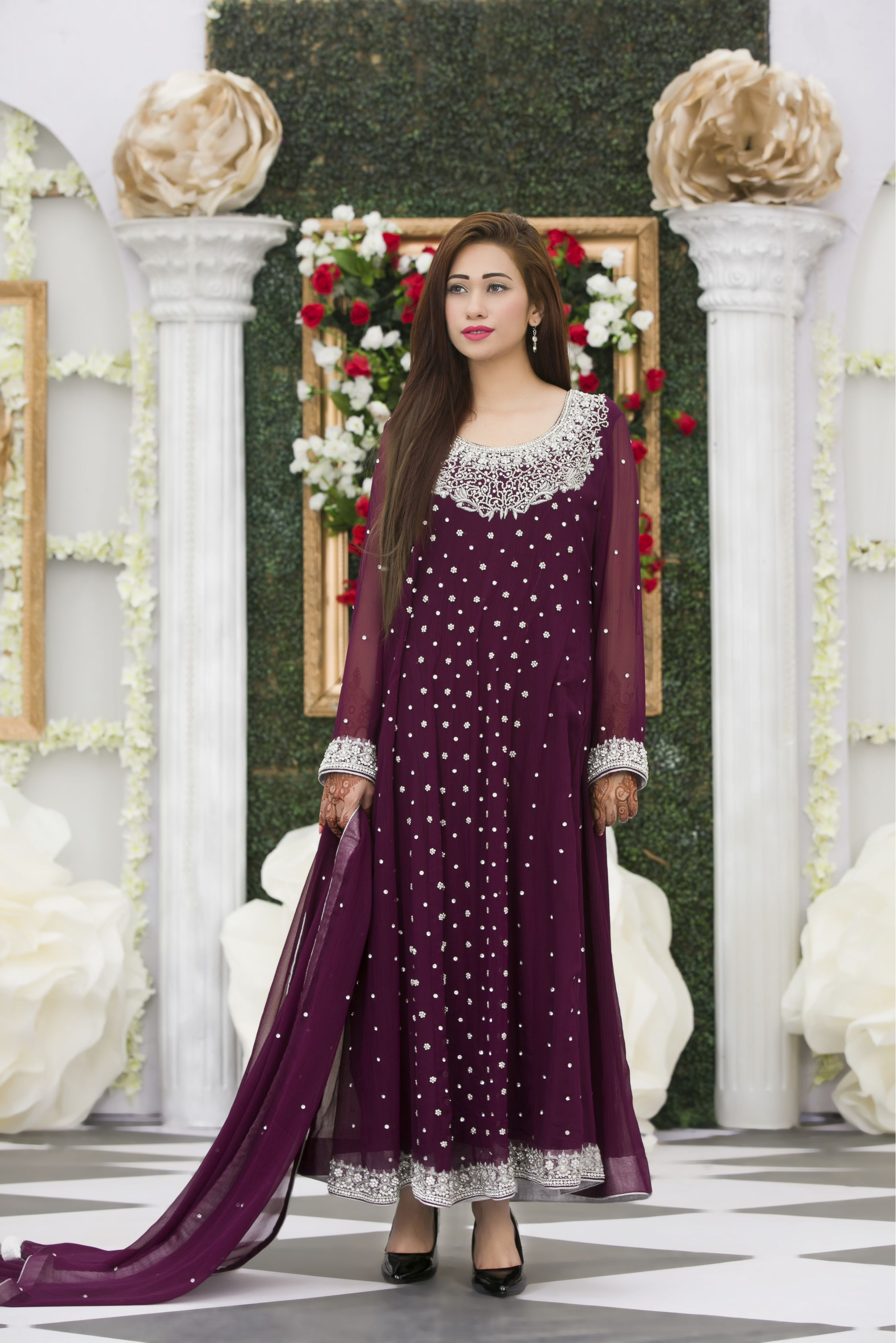EXCLUSIVE PURPLE BRIDAL DRESS