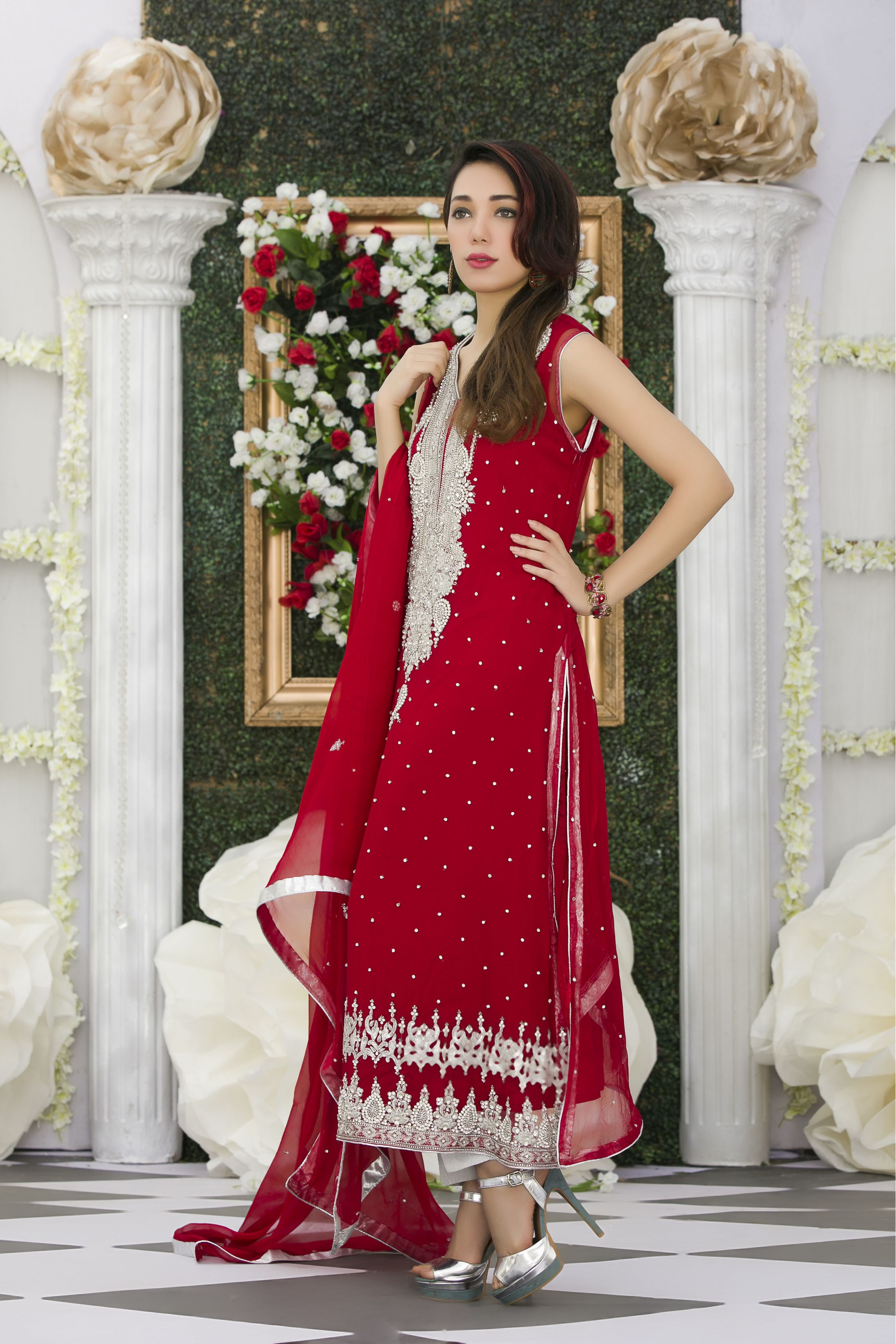 RED EXCLUSIVE BRIDAL DRESS - Exclusive Online Boutique