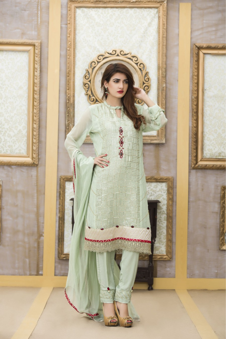 An exclusive light green party dress exclusive online for Pakistani simple house designs