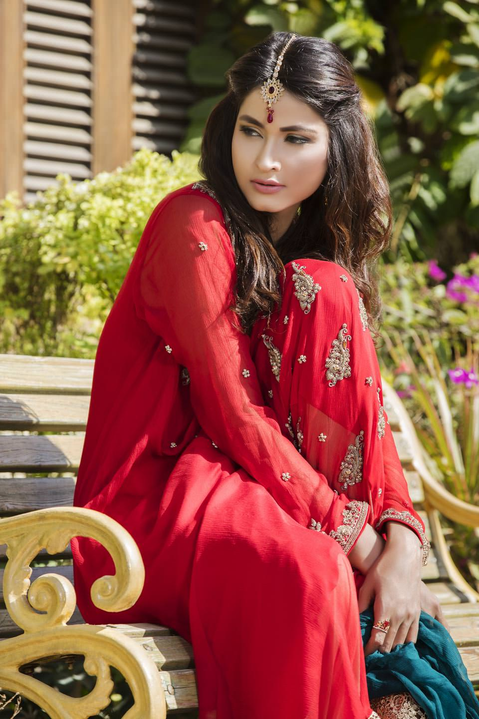 Buy Red, Bottle Green And Fone Color Bridal Dress – G12069 Online In USA, Uk & Pakistan - 03