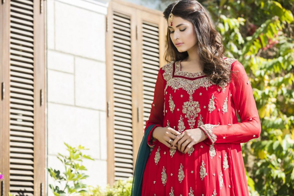 Buy Red, Bottle Green And Fone Color Bridal Dress – G12069 Online In USA, Uk & Pakistan - 02