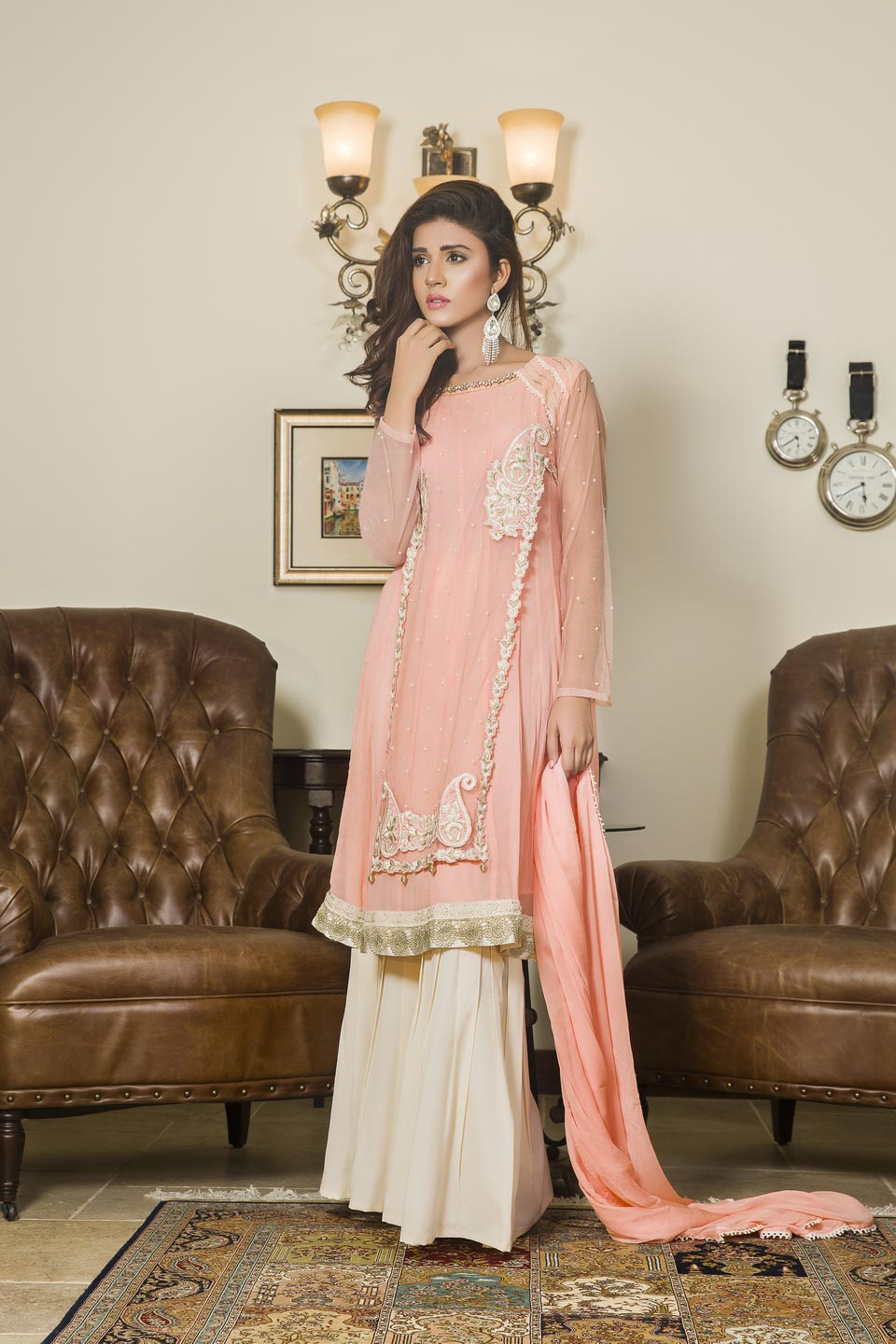 351454343e0 PEACH AND OFF-WHITE COLOR PARTY WEAR - SAS602 - Exclusive Online ...