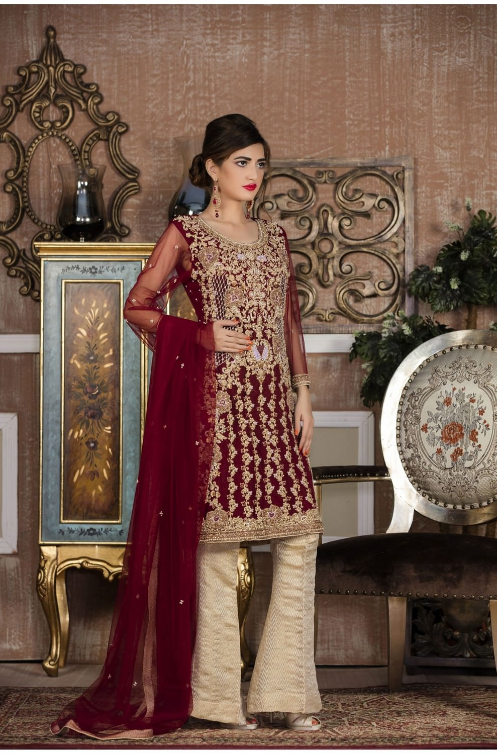 49993601e8 EXCLUSIVE BOUTIQUE MAROON AND OFFWHITE BRIDAL WEAR - G13387 ...