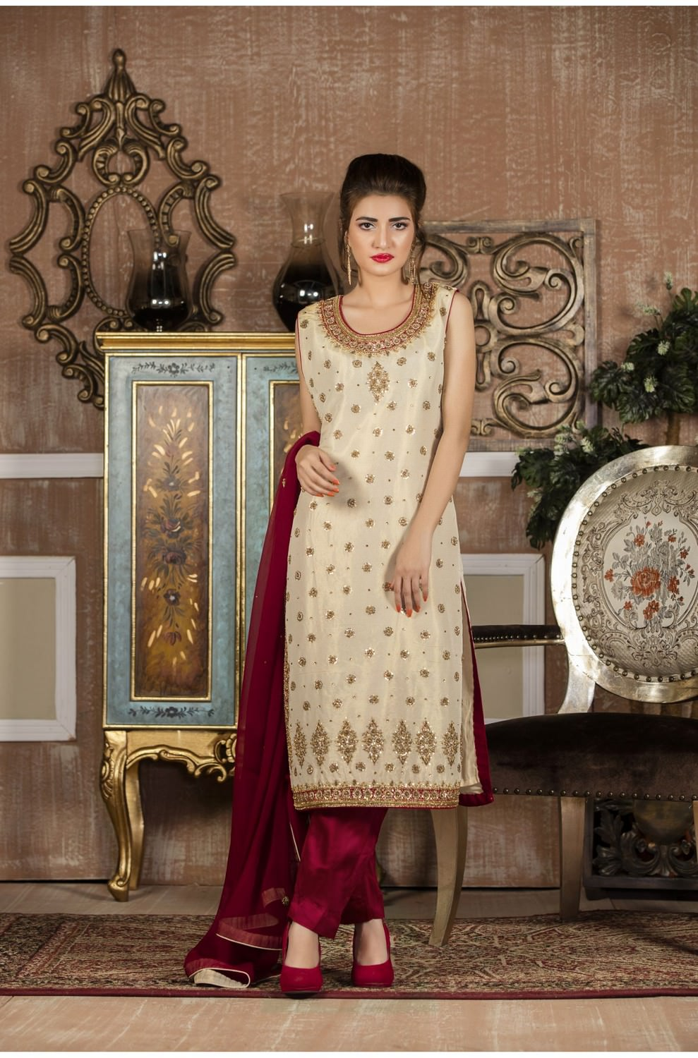 Exclusive Boutique Skin And Maroon Bridal Wear Sf107