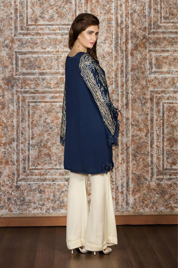 Buy Exclusive Navy Blue And Off-White Casual Wear – Sac2022 Online In USA, Uk & Pakistan