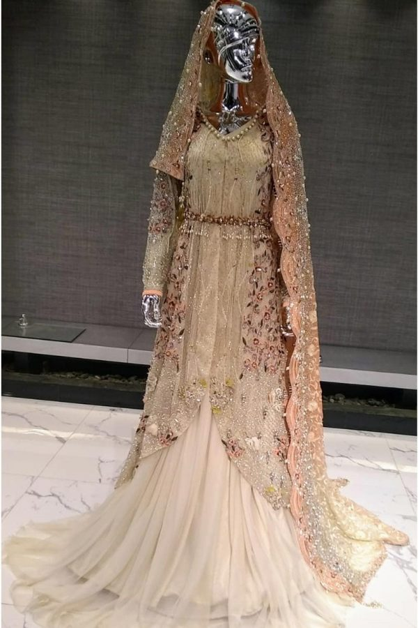 Shadi Valima suit