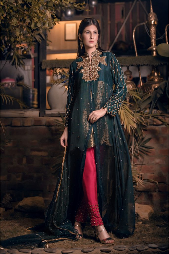 Buy Exclusive Bottle Green And Magenta Bridal Wear – Aqbd02 Online In USA, Uk & Pakistan - 04