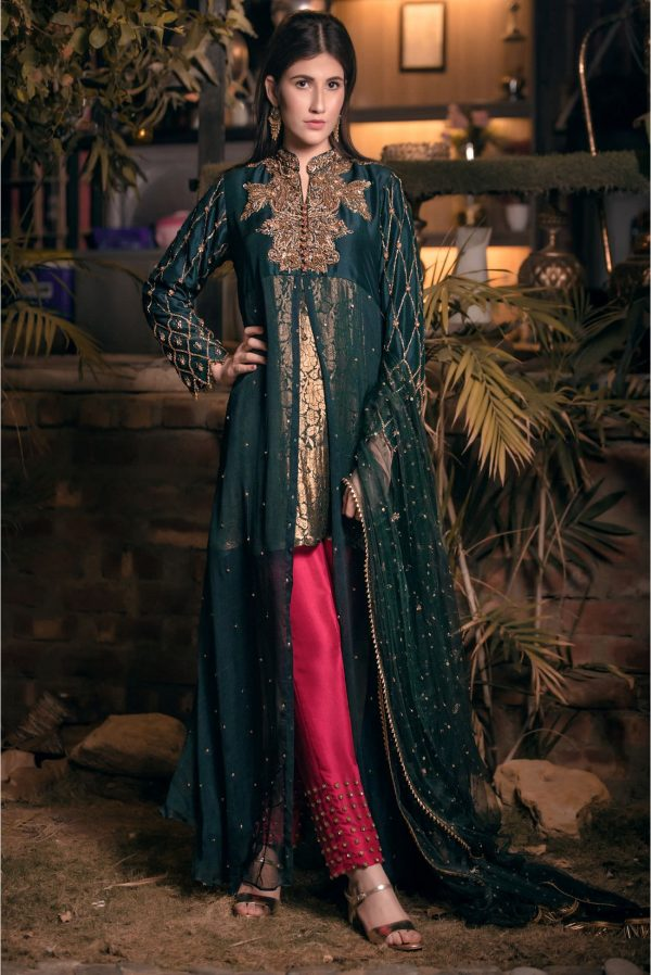 Buy Exclusive Bottle Green And Magenta Bridal Wear – Aqbd02 Online In USA, Uk & Pakistan
