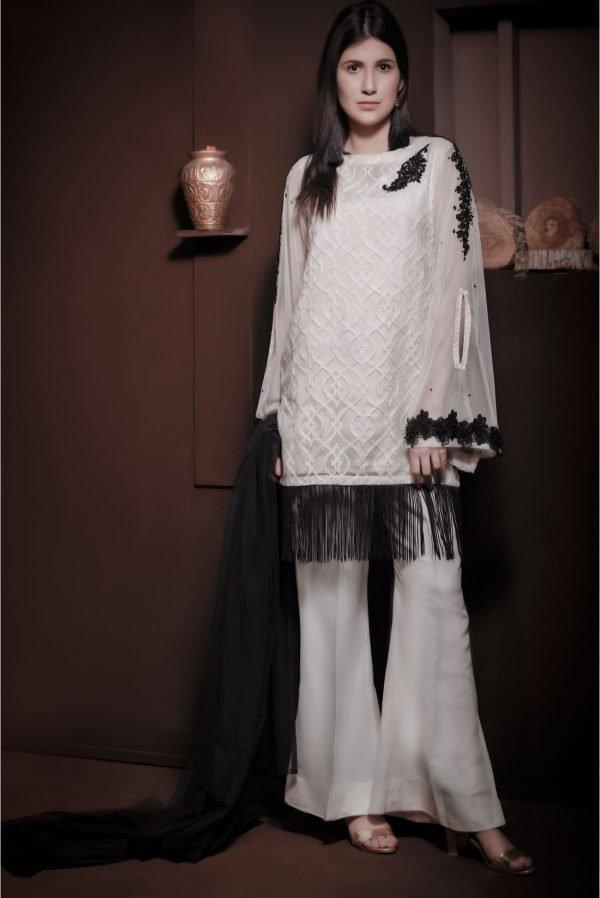 White shalwar kameez