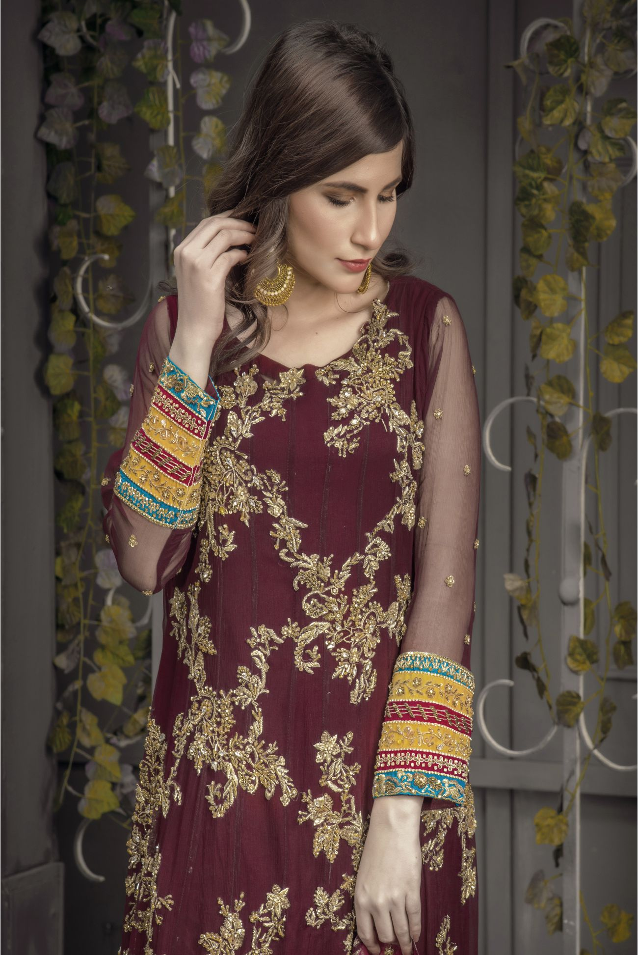 Buy Exclusive Plum And Pink Bridal Wear – Aqbd04 Online In USA, Uk & Pakistan - 03