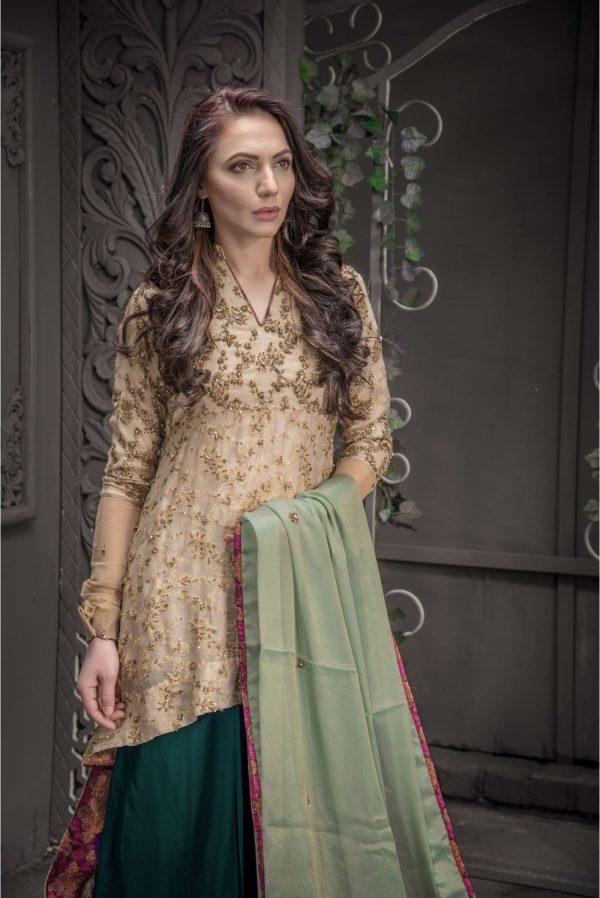 Buy Exclusive Golden And Sea Green Bridal Wear – Aqbd09 Online In USA, Uk & Pakistan - 01