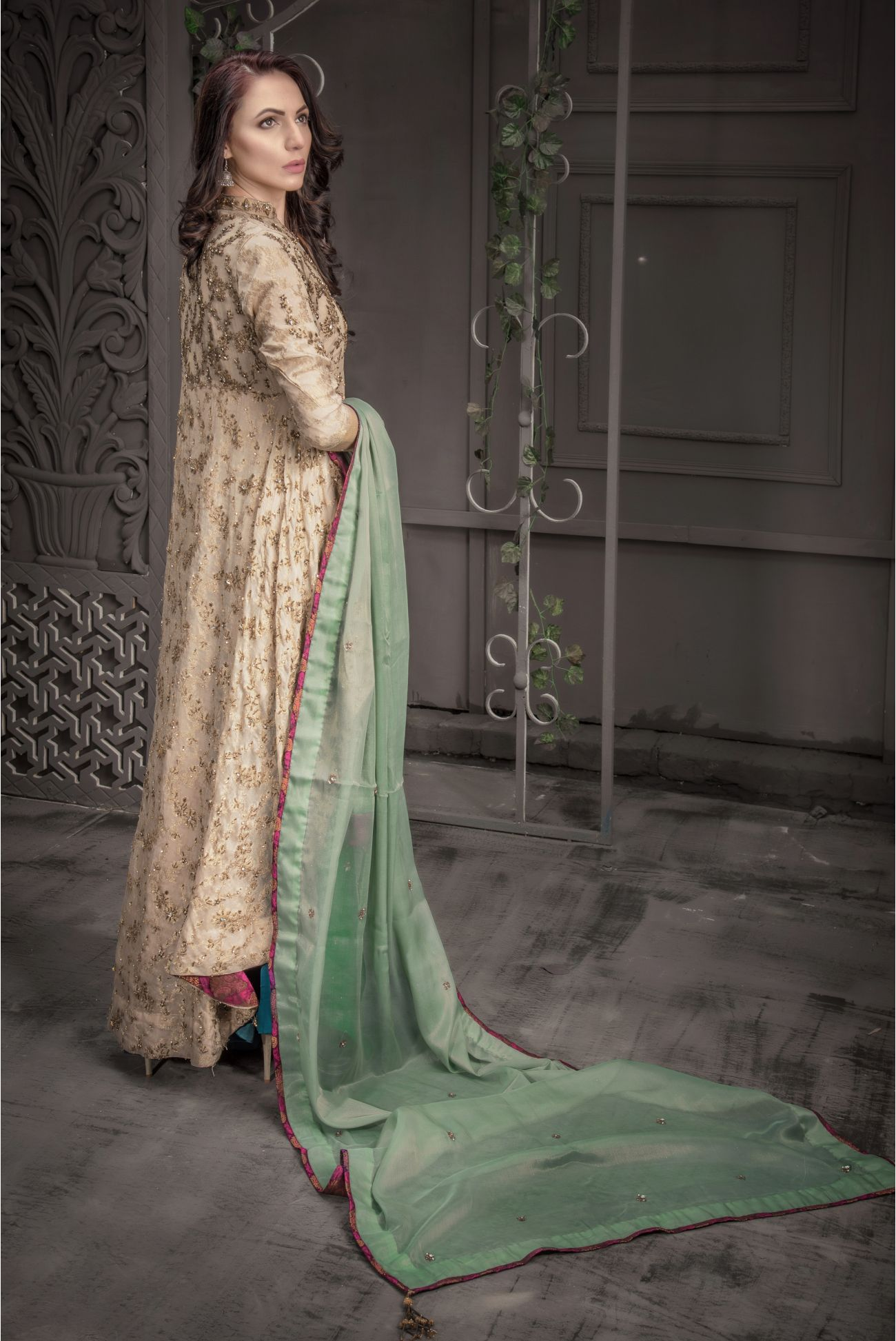 Buy Exclusive Golden And Sea Green Bridal Wear – Aqbd09 Online In USA, Uk & Pakistan - 03