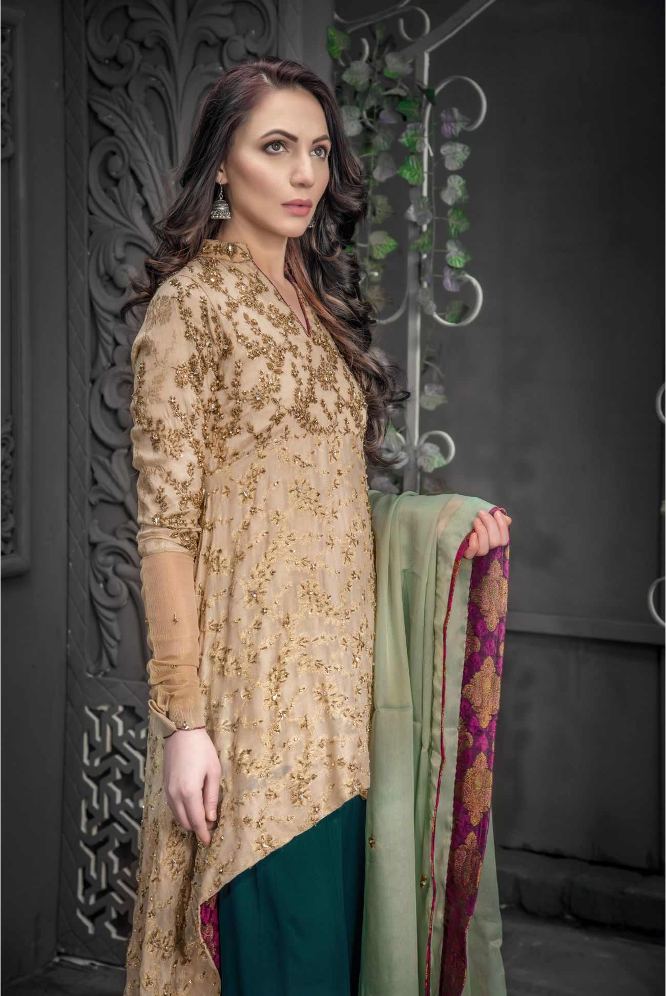 Buy Exclusive Golden And Sea Green Bridal Wear – Aqbd09 Online In USA, Uk & Pakistan - 02