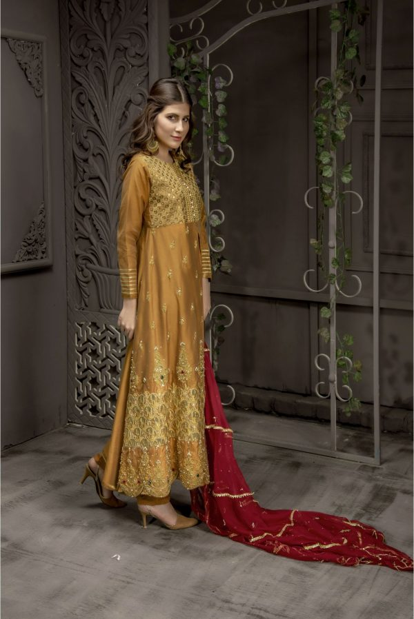 Buy Exclusive MUSAtard And Maroon Bridal Wear – Sabd218 Online In USA, Uk & Pakistan - 02