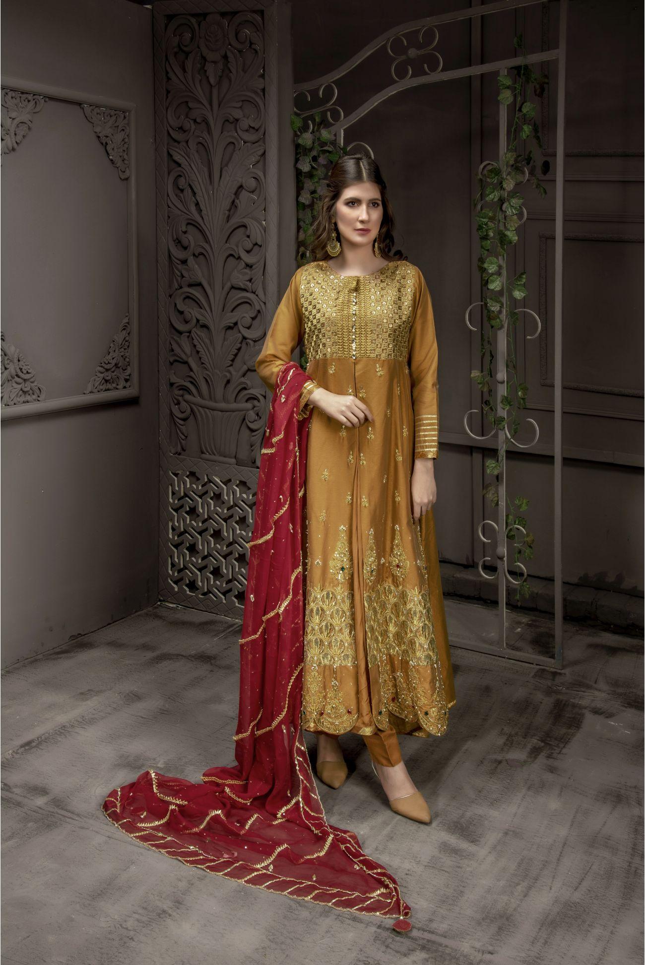Buy Exclusive MUSAtard And Maroon Bridal Wear – Sabd218 Online In USA, Uk & Pakistan - 01