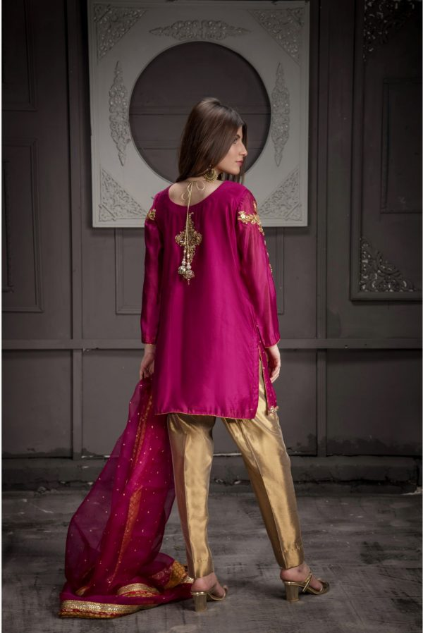 Buy Exclusive Hot Pink,Red And RUSAt Bridal Wear – Sdbd11 Online In USA, Uk & Pakistan - 03