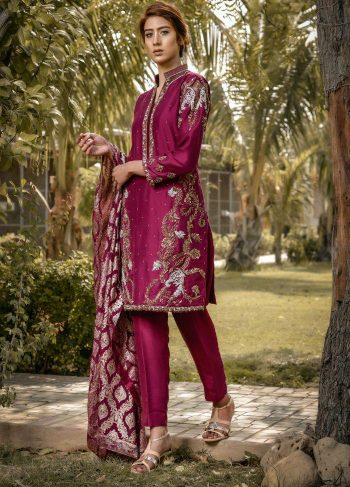 Buy Exclusive Plum Bridal Wear – Sdbd30 Online In USA, Uk & Pakistan