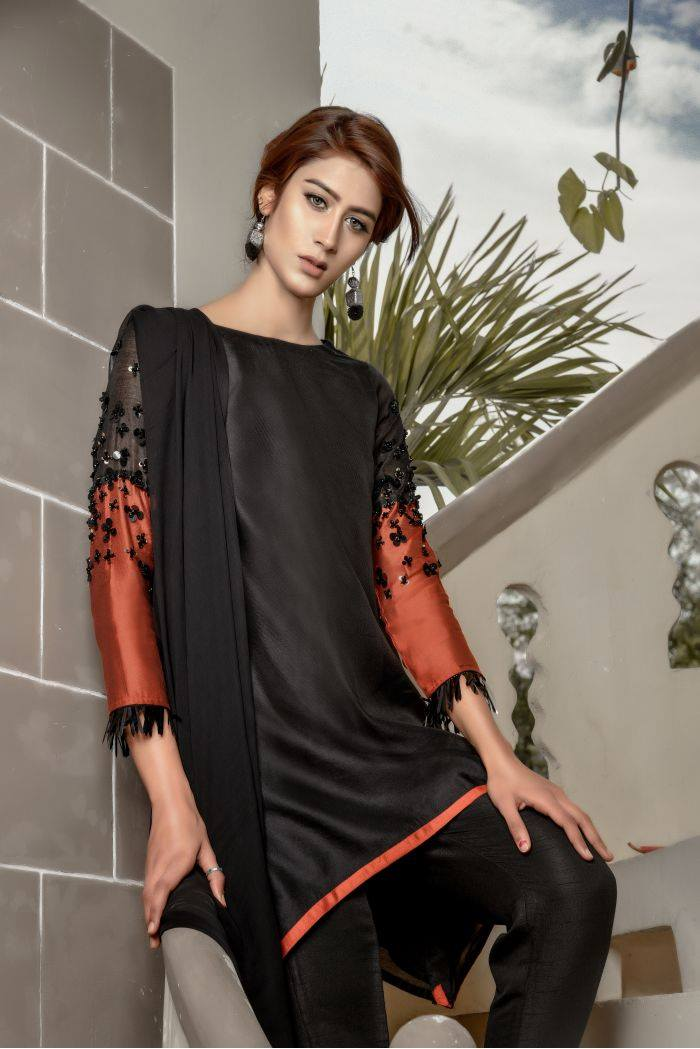 Buy Exclusive Black And RUSAt Party Wear – Sds259 Online In USA, Uk & Pakistan - 02