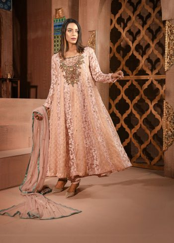 Buy Exclusive Silver Pink Luxury Pret – Aqs148 Online In USA, Uk & Pakistan - 04
