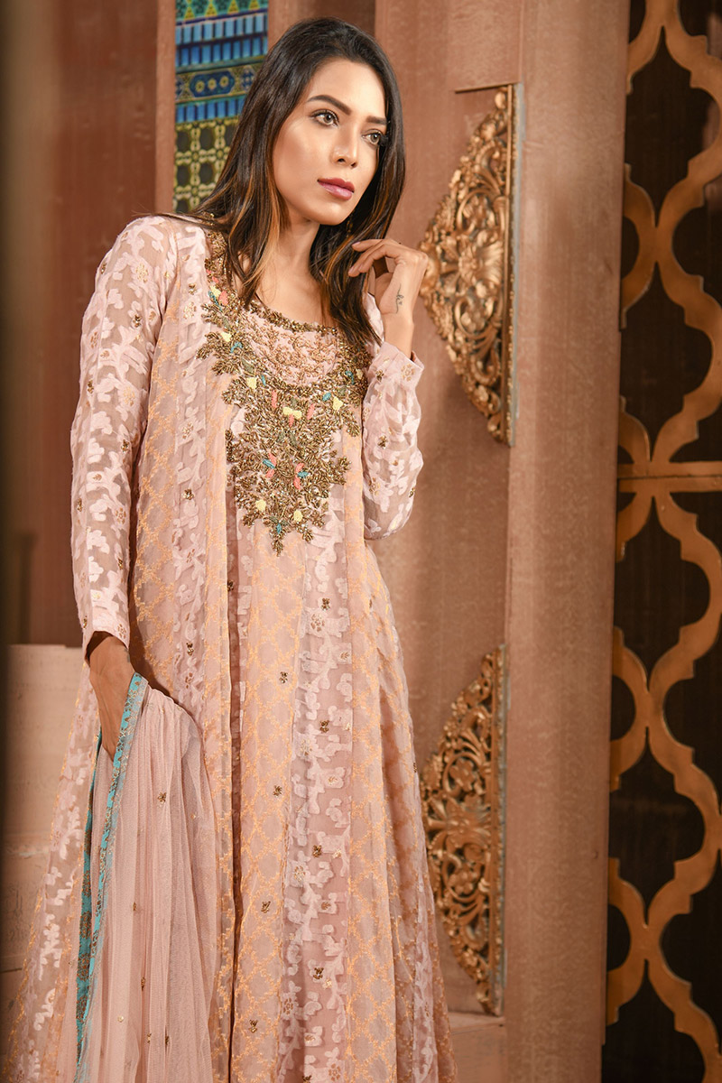 Buy Exclusive Silver Pink Luxury Pret – Aqs148 Online In USA, Uk & Pakistan - 01