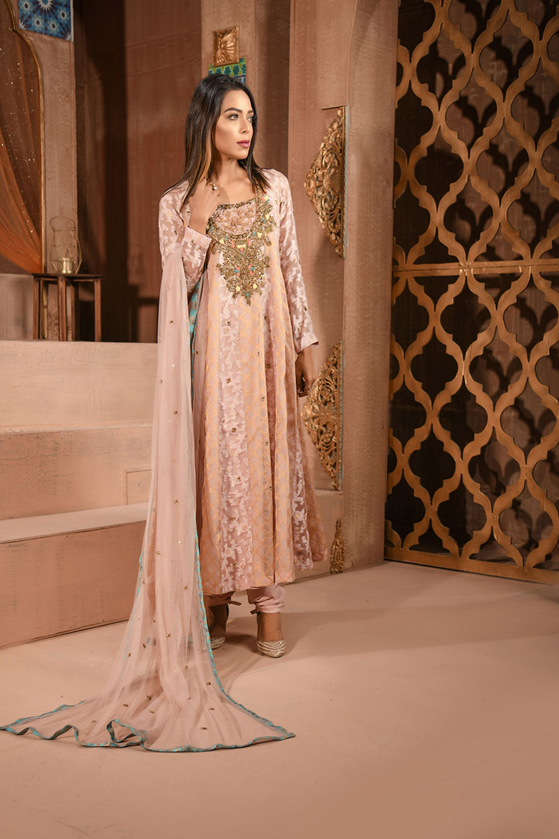 Buy Exclusive Silver Pink Luxury Pret – Aqs148 Online In USA, Uk & Pakistan