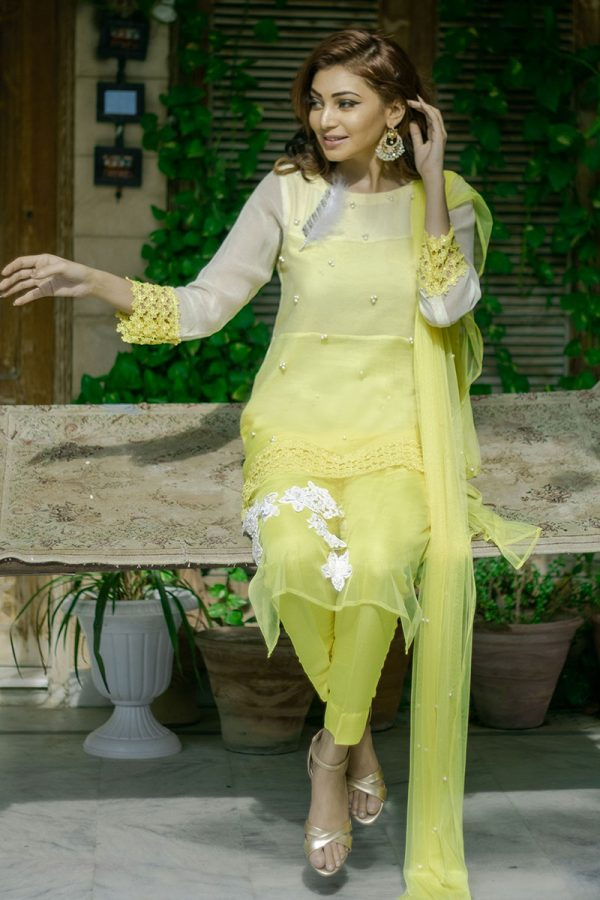 Buy Exclusive Yellow Party Wear – Aqs262 Online In USA, Uk & Pakistan - 01