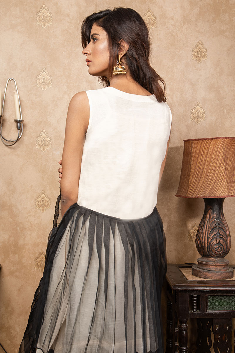 Buy Exclusive Ivory & Black Party Wear – Sds380 Online In USA, Uk & Pakistan