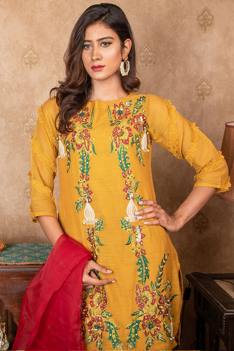 Buy Exclusive MUSAtard & Red Party Wear – Sds384 Online In USA, Uk & Pakistan