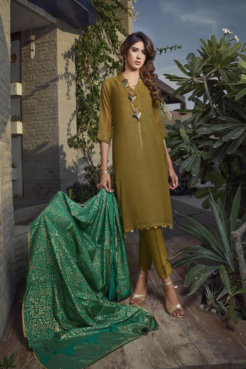 Buy Exclusive Mehndi Green Party Wear – Aqs266 Online In USA, Uk & Pakistan - 01