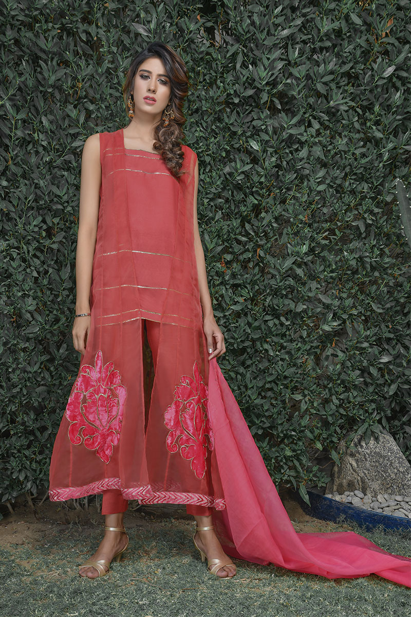 Buy Exclusive Coral Pink Party Wear – Sds395 Online In USA, Uk & Pakistan - 03