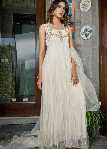 Buy Exclusive Off White Luxury Pret – Sds418 Online In USA, Uk & Pakistan