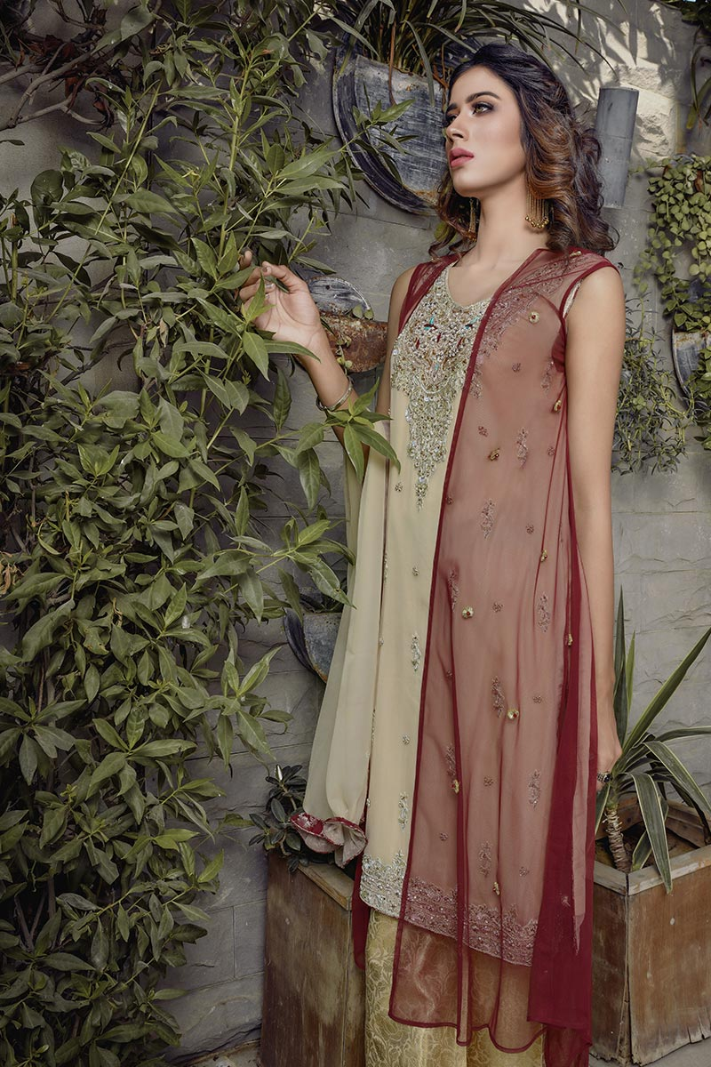 Buy Exclusive Maroon And Gold Bridal Wear – G16520 Online In USA, Uk & Pakistan - 05