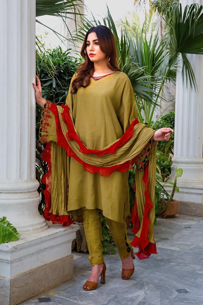 Buy Exclusive Mehndi Green Party Wear – Aqs316 Online In USA, Uk & Pakistan