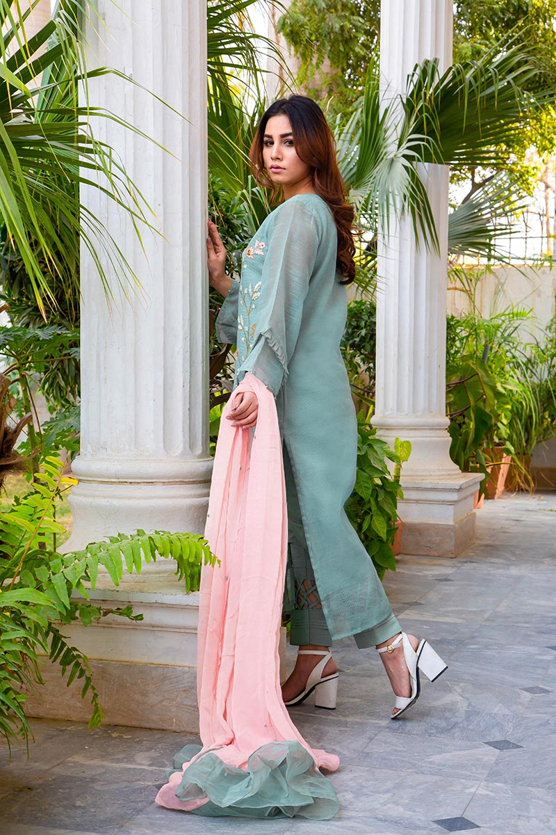 Buy Exclusive DUSAty Green Party Wear – Sds369 Online In USA, Uk & Pakistan - 03