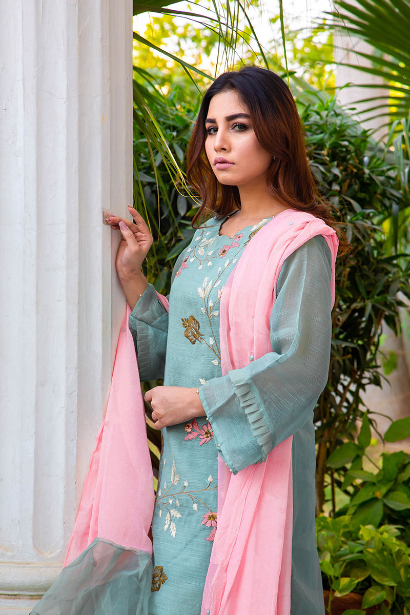 Buy Exclusive DUSAty Green Party Wear – Sds369 Online In USA, Uk & Pakistan - 04