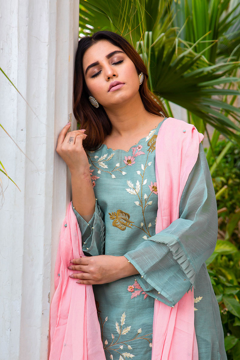 Buy Exclusive DUSAty Green Party Wear – Sds369 Online In USA, Uk & Pakistan - 05