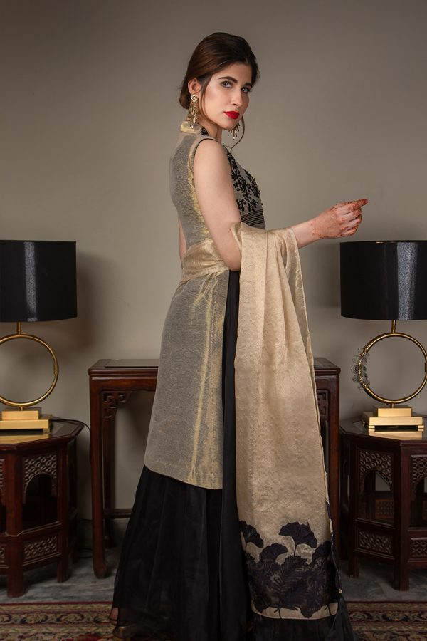 Buy Exclusive Gold And Black Luxury Pret – Sds489 Online In USA, Uk & Pakistan - 01