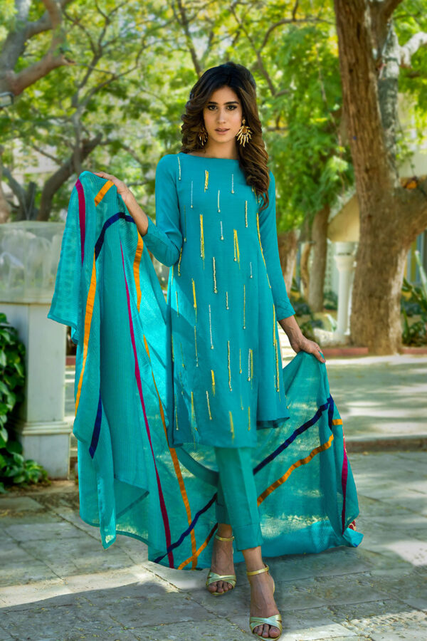 Buy Exclusive Aqua Luxury Pret – Sds434 Online In USA, Uk & Pakistan
