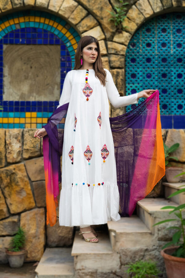 Buy Exclusive White Casual Wear – Afcl26 Online In USA, Uk & Pakistan