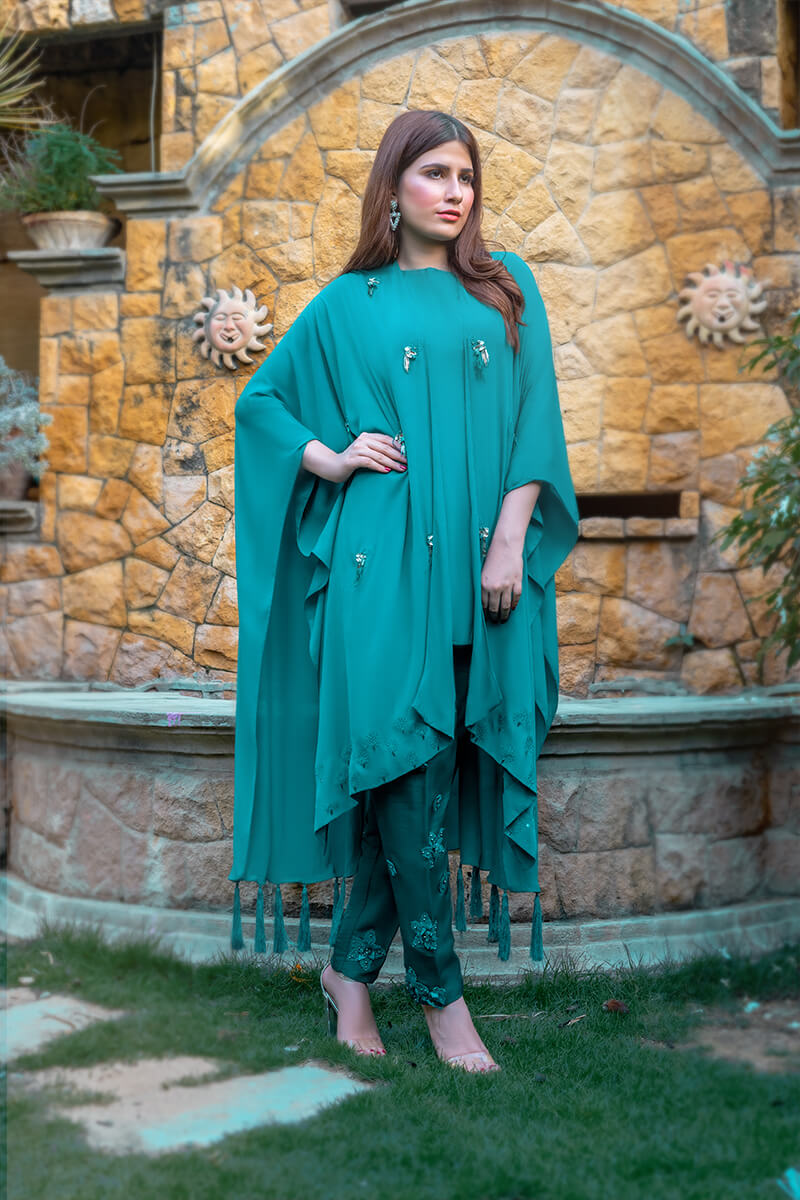 Buy Exclusive See Green Party Wear – Aqs10Online in UK, US & Pakistan