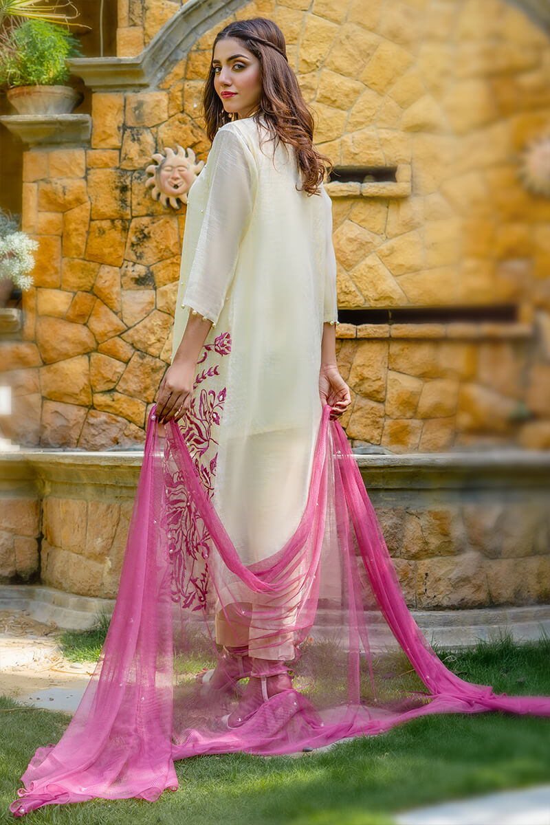 Buy Exclusive Off White And Pink Party Wear – Aqs224Online in UK, US & Pakistan - 01