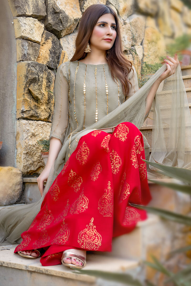 Buy Exclusive Light Green And Red Luxury Pret – Aqs238Online in UK, US & Pakistan - 01