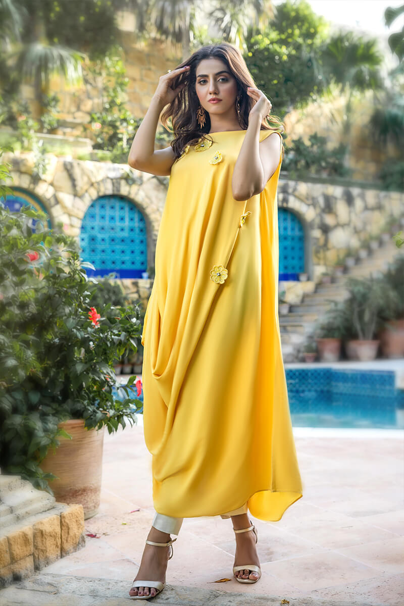 Buy Exclusive Yellow And Off White Party Wear – Aqs342Online in UK, US & Pakistan - 02