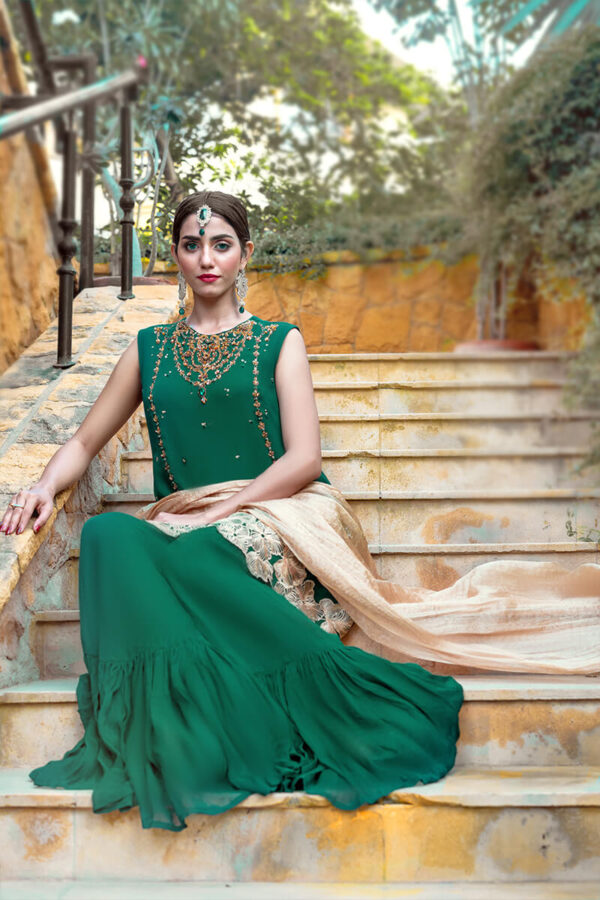 Buy Exclusive Green And Gold Luxury Pret – Sds505Online in UK, US & Pakistan - 02