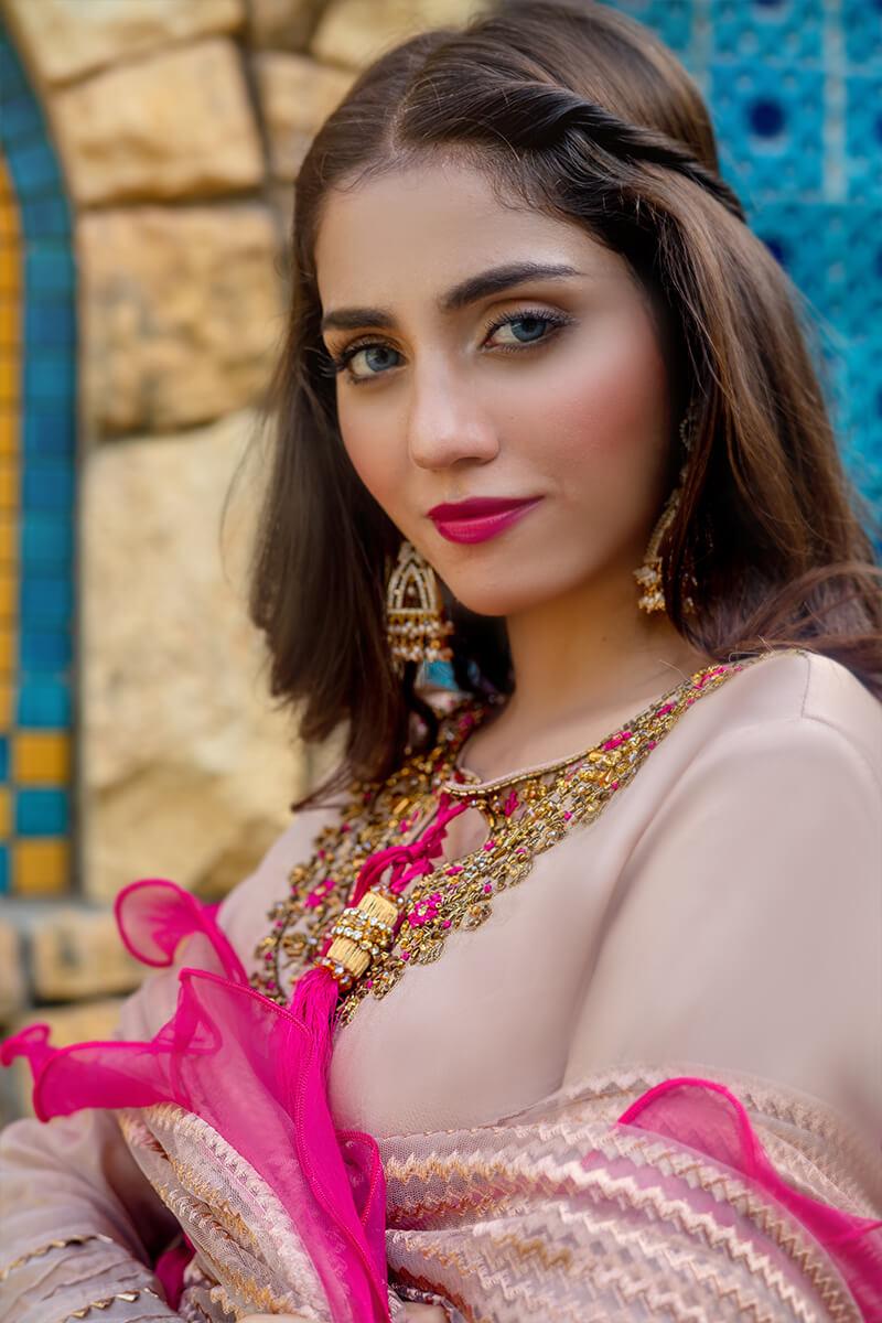 Buy Exclusive Tea Pink And Shocking Pink Luxury Pret – Sds507 Online in UK, USA & Pakistan - 02